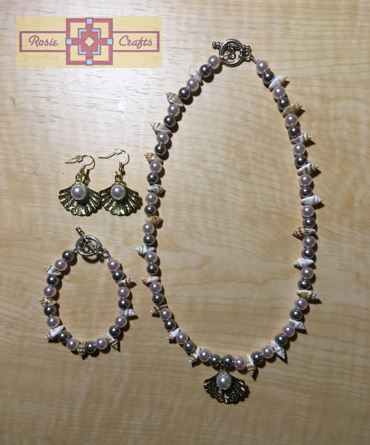 Rosie Crafts Clam Artisan Jewelry Set